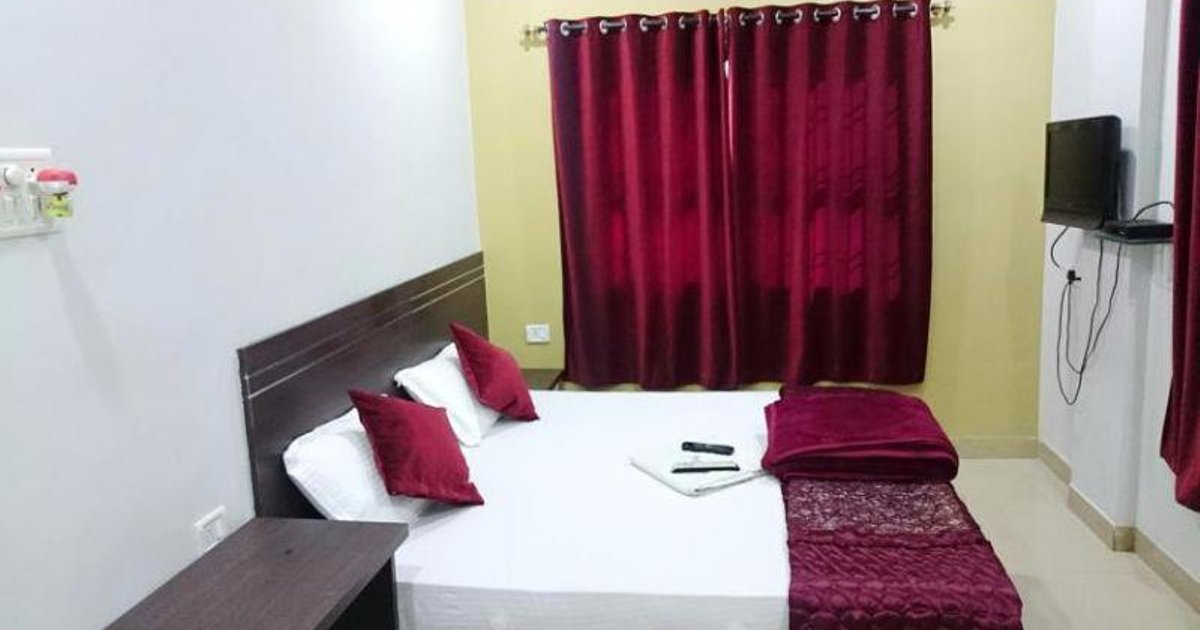 Vista Rooms at Ayodhya Nagar