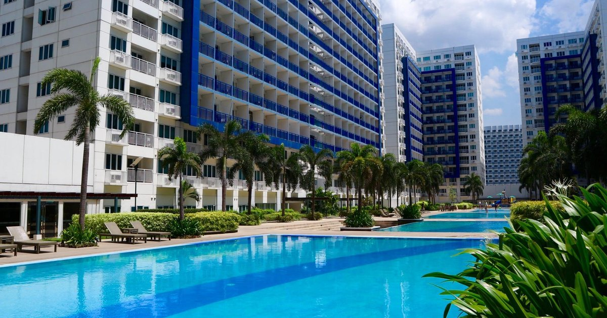 Staycation at Sea Residences