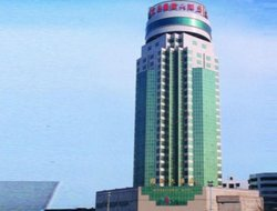 Yichang hotels with river view