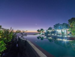 San Remigio hotels with swimming pool