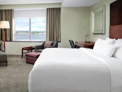 Top-10 hotels in the center of Halifax