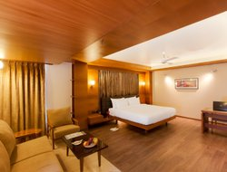 Ahmedabad hotels with restaurants