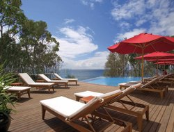 Mollymook hotels with restaurants