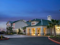 West Sacramento hotels for families with children