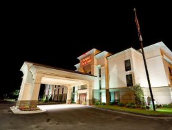 Tifton hotels for families with children