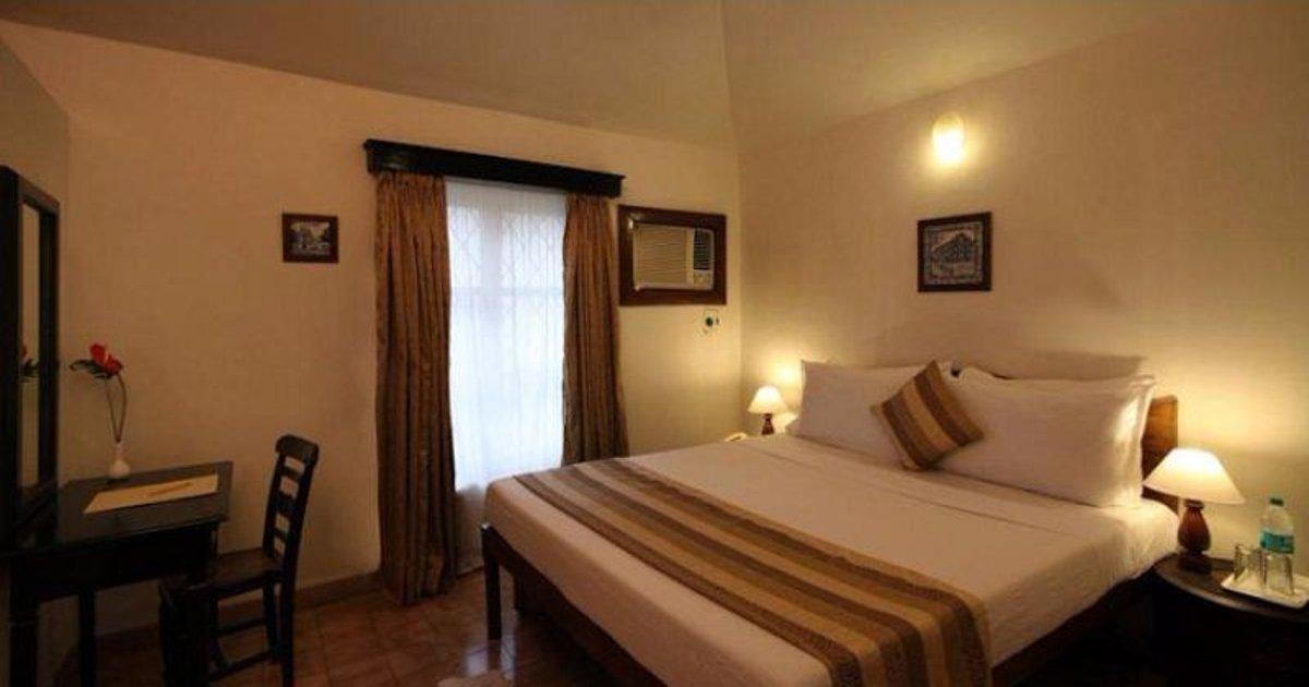 Vista Rooms Near Nerul River