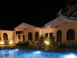 Vagator hotels with swimming pool