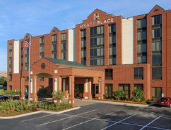 Robinson Township hotels with restaurants