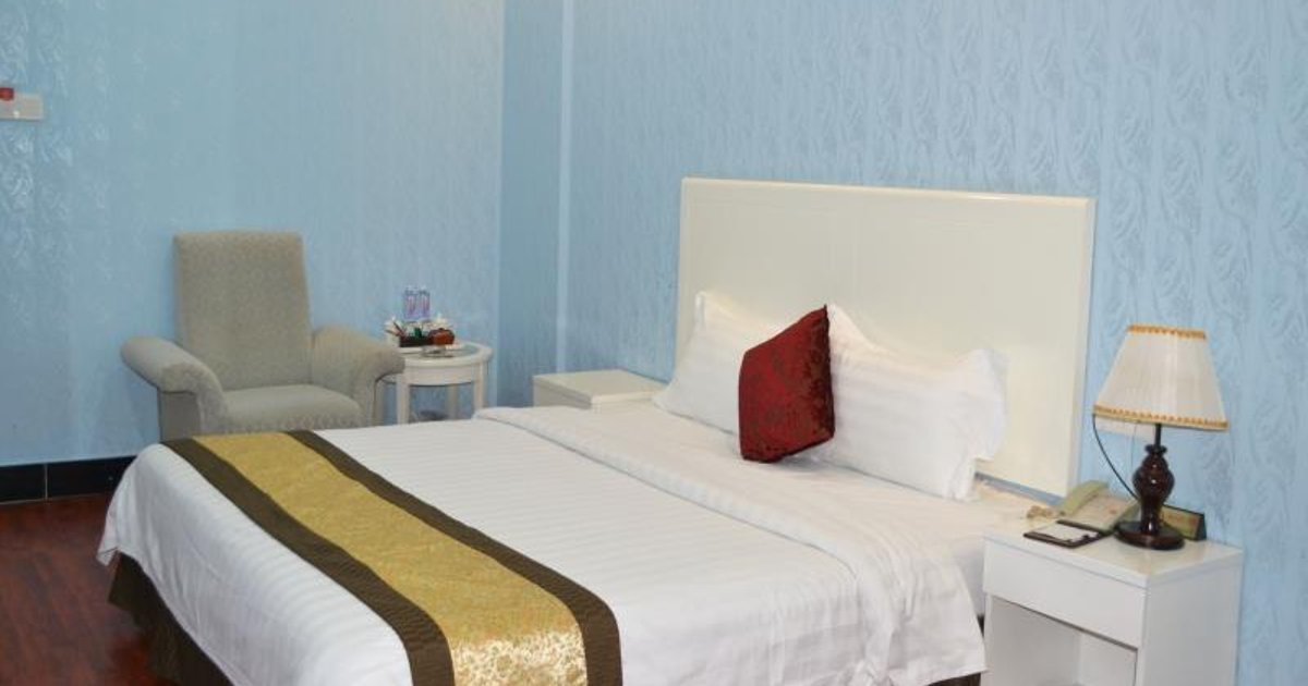 Selina Holiday Hotel Minzhi Branch