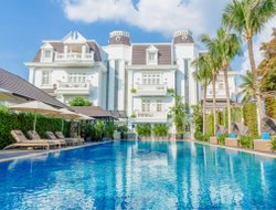 Ho Chi Minh hotels with swimming pool