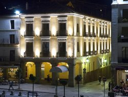 Top-10 hotels in the center of Caceres