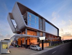 Sleman hotels with restaurants