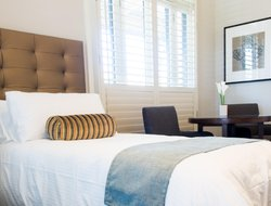 Top-3 hotels in the center of Randwick
