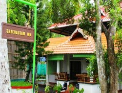 Alleppey hotels with restaurants