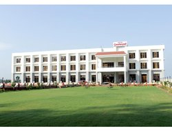 Bharatpur hotels with restaurants
