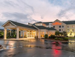 Pooler hotels with restaurants
