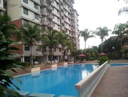 Malacca hotels with swimming pool