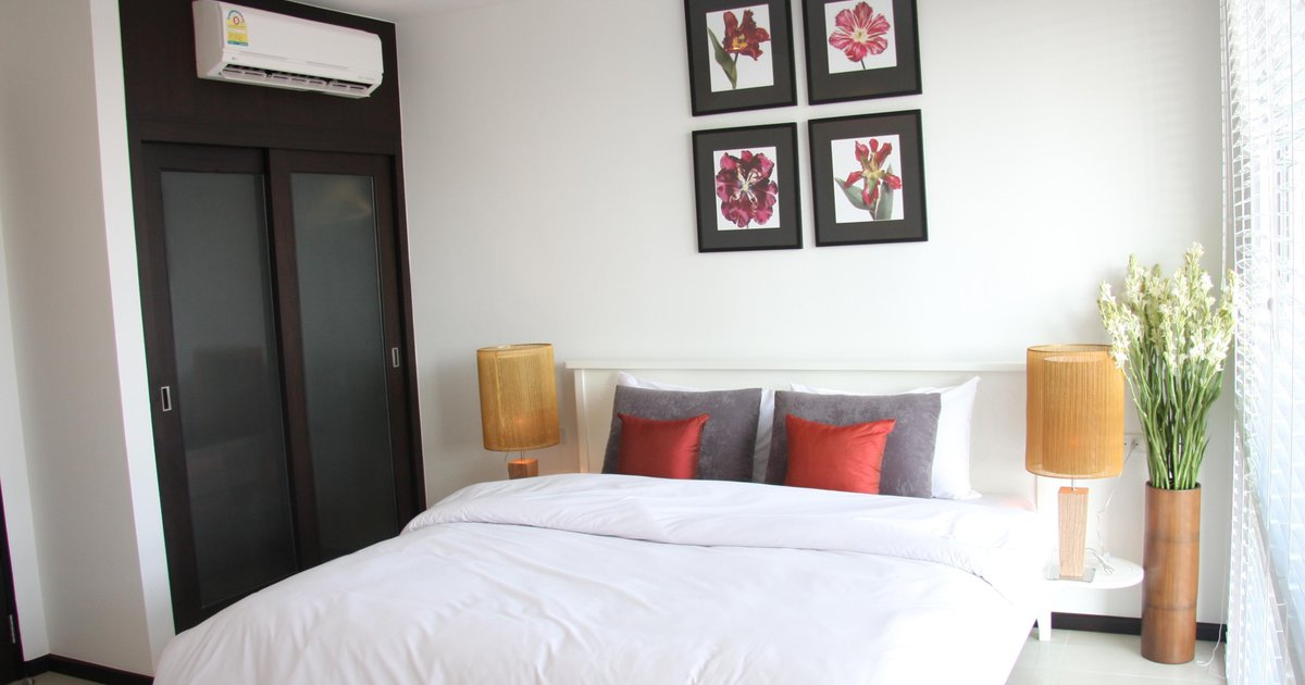 Two Villas Holiday Phuket: Two Villas Suite Serviced Apartment Nai Harn Beach