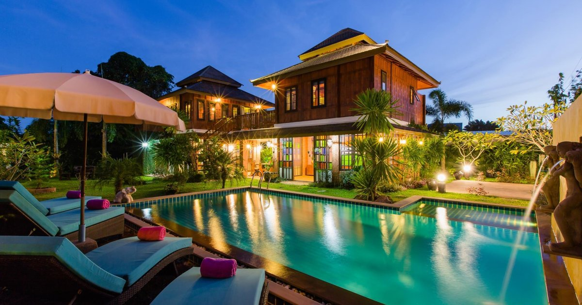 Курортный отель Lemon Tree Naturist Resort Naiharn Beach Phuket