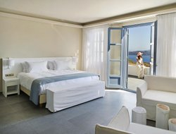 The most popular Akrotiri hotels