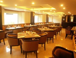Pimpri-Chinchwad hotels with restaurants