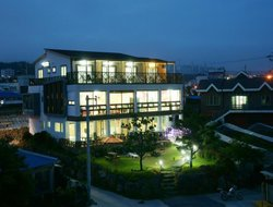 Cheju-do Island hotels with sea view
