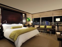 Las Vegas hotels with lake view