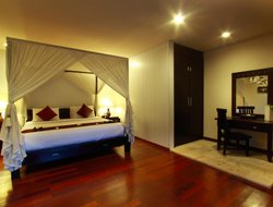 Umalas Kangin hotels with restaurants