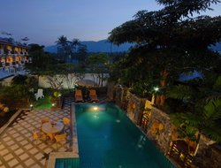 Chaweng Beach hotels with swimming pool