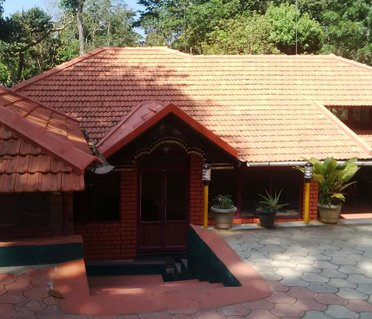 Leisure Vacations Alpinia Resort, Coorg