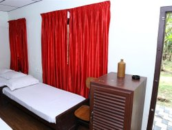 Pets-friendly hotels in Kumaragam