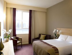 Exeter hotels with restaurants