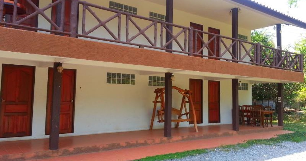 Thachai Homestay Resort
