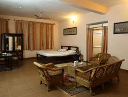 Dhanwar hotels with swimming pool