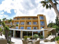 St. Maxime hotels with swimming pool