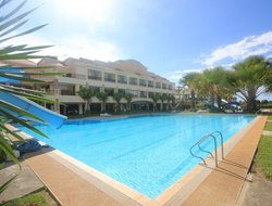 Mindanao Island hotels with swimming pool