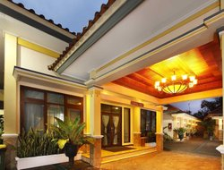 Magelang hotels with restaurants