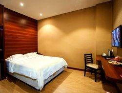 Top-10 hotels in the center of Medan