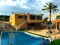 El Campello hotels with swimming pool