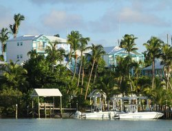 Bahamas hotels with restaurants