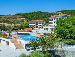 Ouranopoli hotels with swimming pool