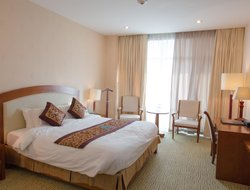 Thanh Hoa hotels with swimming pool