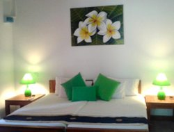 Nilaveli hotels with sea view
