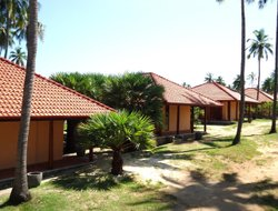Nilaveli hotels with restaurants