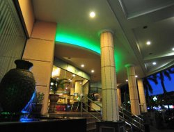 Sungai Patani hotels with restaurants