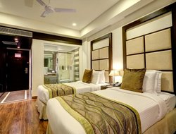 Bathinda hotels with swimming pool