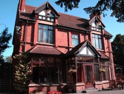 Leicester hotels with restaurants