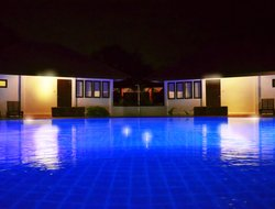 Amphoe Ban Prok hotels with swimming pool