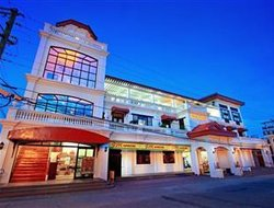 Vigan hotels with swimming pool