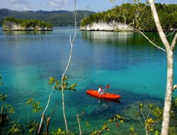 New Guinea Island hotels with sea view